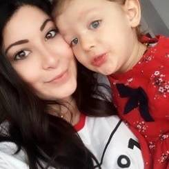 Nil, Au pair from Turkey