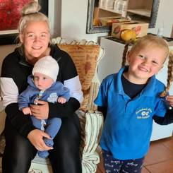 Tinique, Au pair from South africa