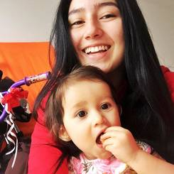 Nicoll, Au pair from Colombia
