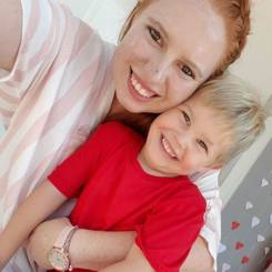 Monja, Au pair from South africa