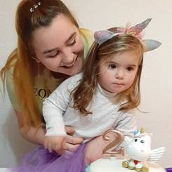 Nicolle, Au pair from Spain