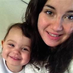Manon, Au pair from France