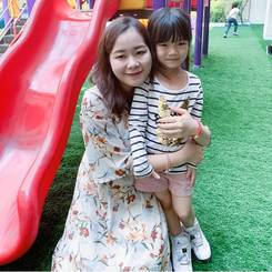 Yaoyao, Au pair from China