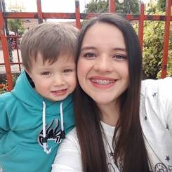 Kelly, Au pair from Colombia