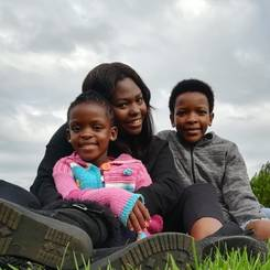 Zakhe, Au pair from South africa
