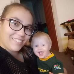 Caitlin, Au pair from South africa