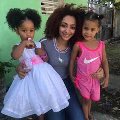 Hernys, Au pair from Dominican republic
